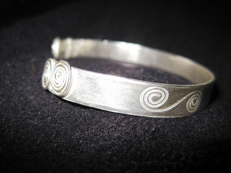 Silver 044